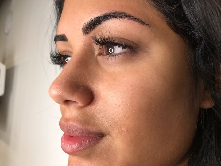 Malin Andersson Love Island Star Visits Debra For Power Brows